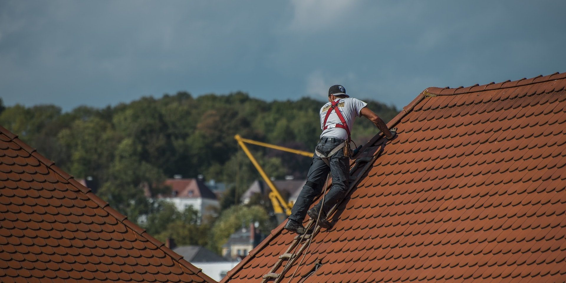 Call a roofing company Austin for maintenance after installation